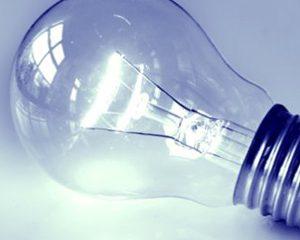 4 herramientas manuales indispensables para un electricista